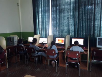 Компютърна работилница - НУ П. Р. Славейков - Роман